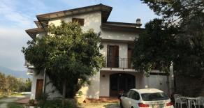 Case Bruciate villa