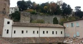Via Pinturicchio appartamento con balcone