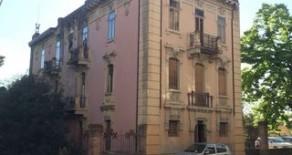 Palazzo in Viale Antinori