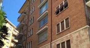 Via Monteverdi ampio appartamento