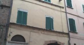 Corso Cavour appartamento con terrazzo