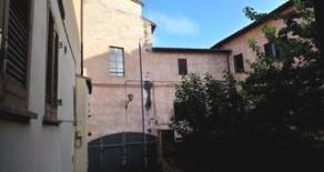 Borgo XX Giugno 2 monolocali