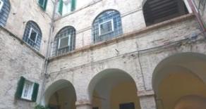 Via Oberdan ampio appartamento con balcone