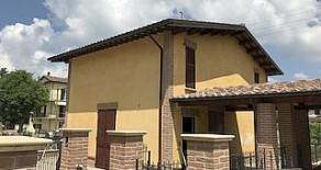 Colle Umberto porzione di bifamiliare di nuova costruzione
