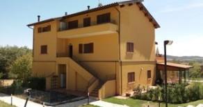 Castelvieto appartamento con giardino