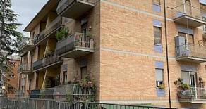 Semicentro ampio appartamento