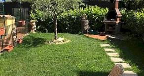 Magione appartamentino con giardino
