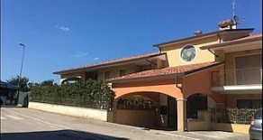 San Mariano appartamento di mq. 100 con terrazzo di mq. 40