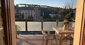 Via del Coppetta ampio appartamento luminoso e panoramico