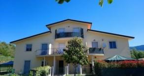 Colle Umberto appartamentino con terrazzo