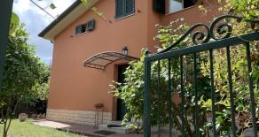 Montelaguardia villa singola