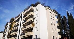Santa Lucia ampio appartamento con terrazzi