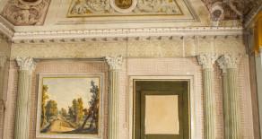 Centro storico prestigioso appartamento di ampia metratura con soffitti affrescati